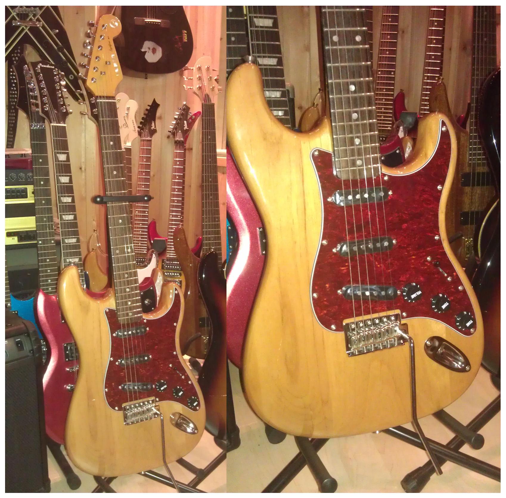 gitaar rood en.blauw